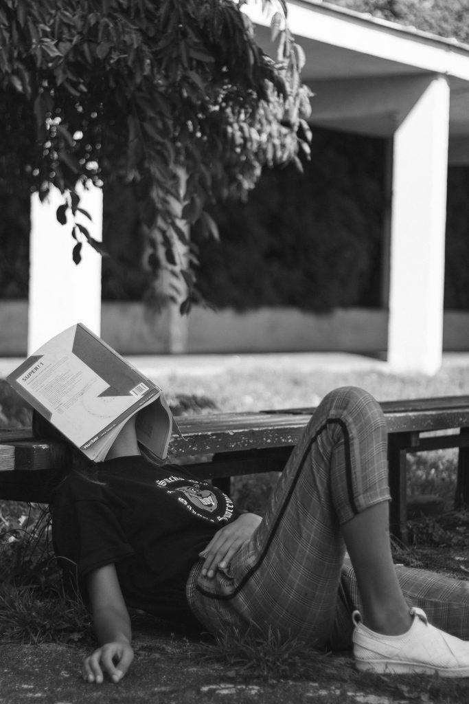 bored_book_reader